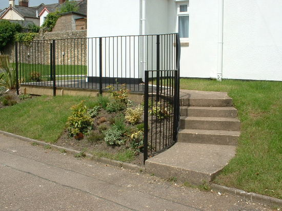Curved steel fabricated handrail for steps, Honiton, Devon