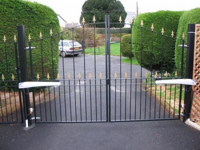 Arched drive gates fabricated in mild steel, Willand, Devon