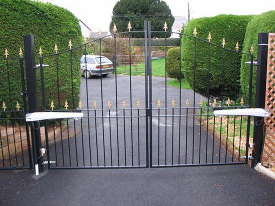 Arched drive gates fabricated in mild steel, Willand, Devon