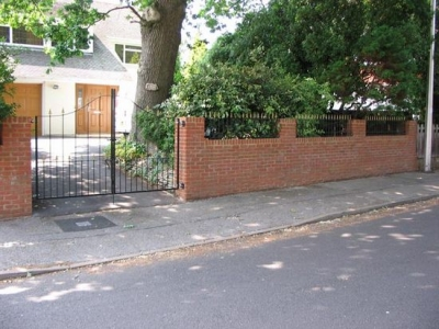 Fabricated, arched drive gates and railings, Bournemouth.