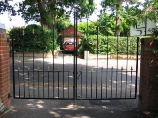 Fabricated, arched drive gates and railings, powder coated finsih, Bournemouth